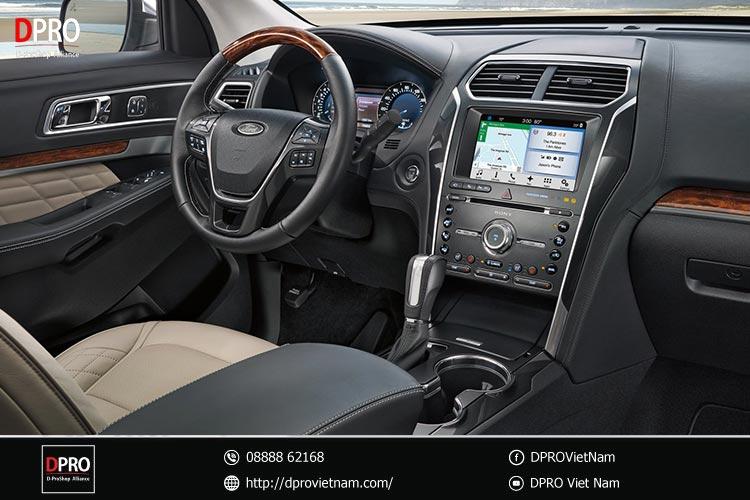 taplo-xe-ford-explorer