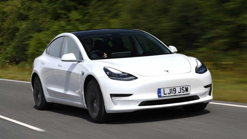 Tesla Model 3 2020 – Mẫu xe điện gây sốt  trên thế giới